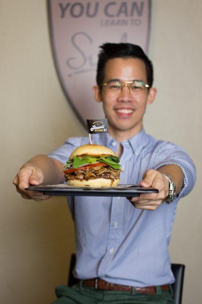 Teddy's Bigger Burgers เก่ง เศรษฐวุฒิ