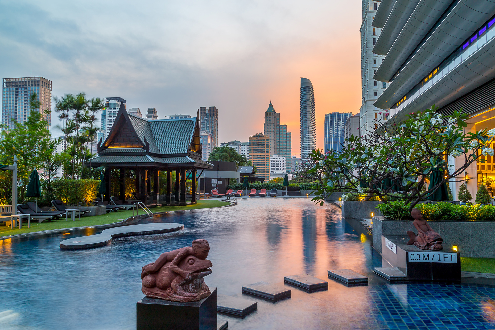 The athenee hotel a luxury collection hotel bangkok 5 for Luxury hotel collection