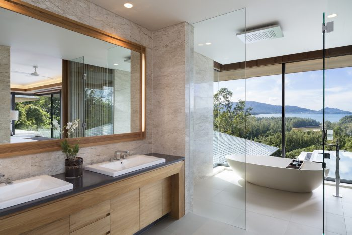 Avadina Hills By Anantara Upstairs_Master Bathroom