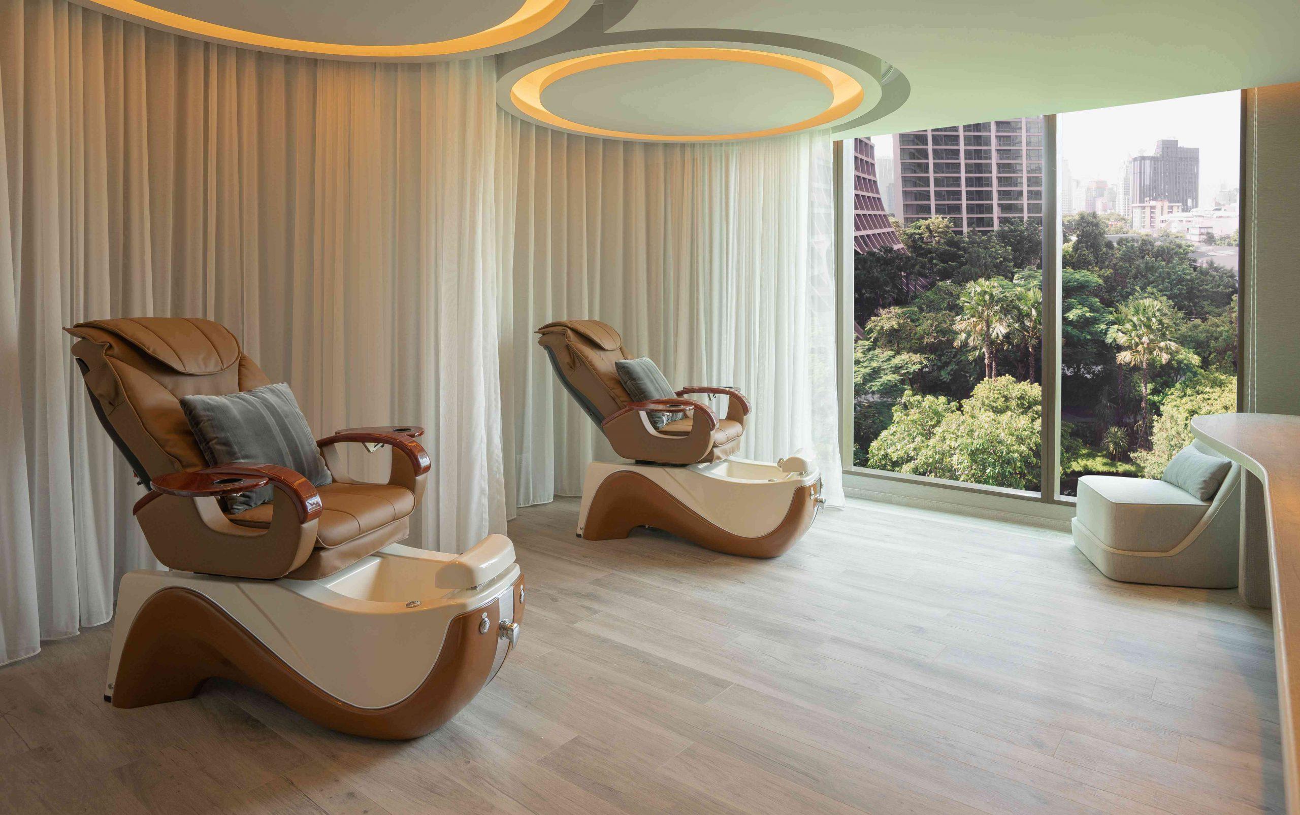 Kimpton Maa-Lai Bangkok amaranth spa by HARNN Pedicure Medicure