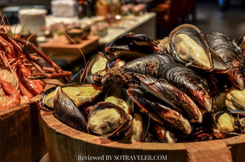 โกจิ คิทเช่น แอนด์บาร์ (Goji Kitchen & Bar) หอยแมลงภู่