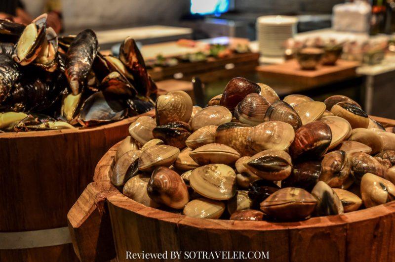 โกจิ คิทเช่น แอนด์บาร์ (Goji Kitchen & Bar) หอยตลับ