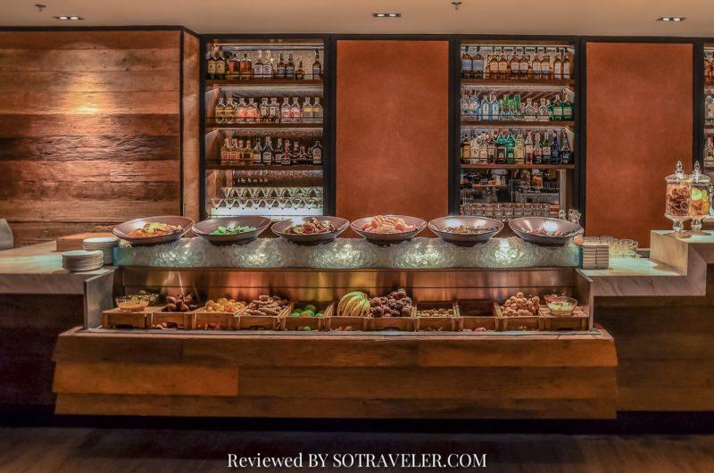 โกจิ คิทเช่น แอนด์บาร์ (Goji Kitchen & Bar) ผลไม้