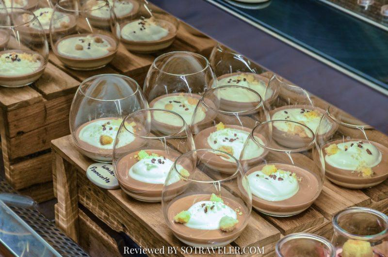 โกจิ คิทเช่น แอนด์บาร์ (Goji Kitchen & Bar) WhiteTea Pannacotta